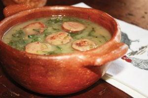 caldo verde chorizo soupe de choux verts