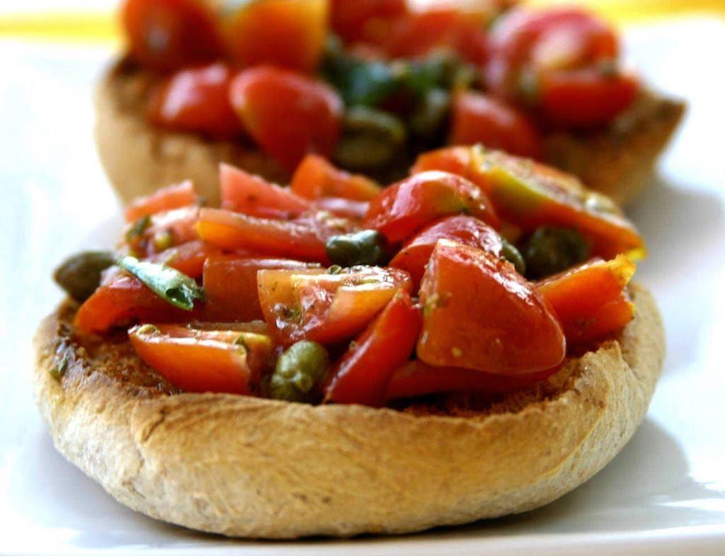 Bruschetta au jambon de Parme italien