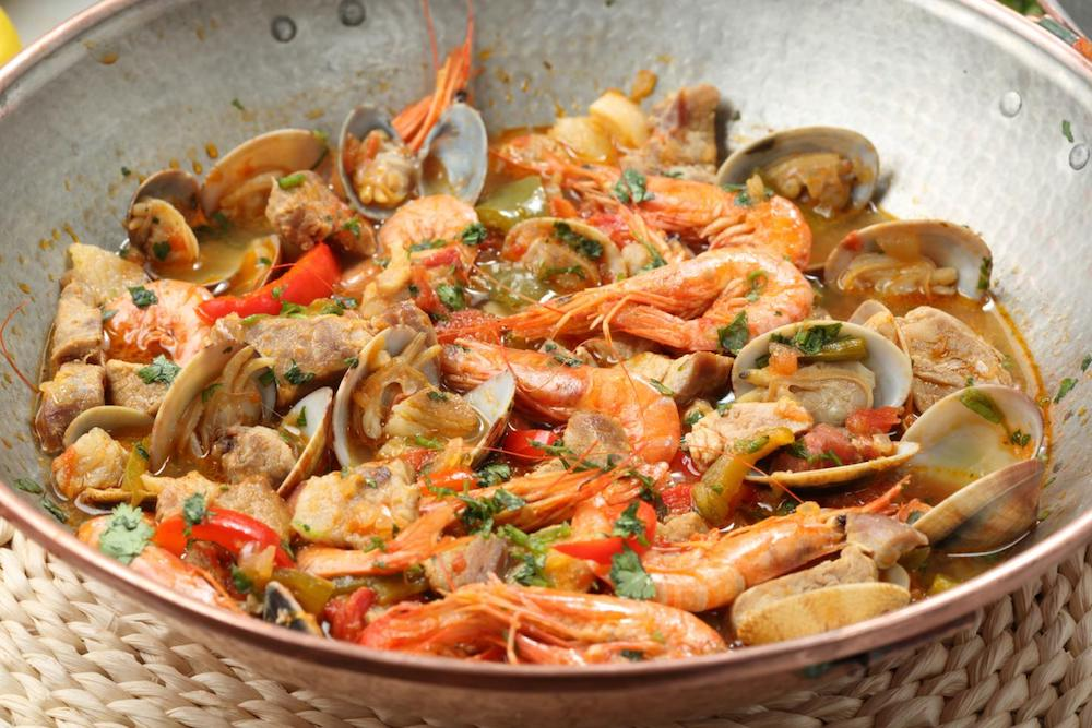 cataplana de fruits de mer marisco