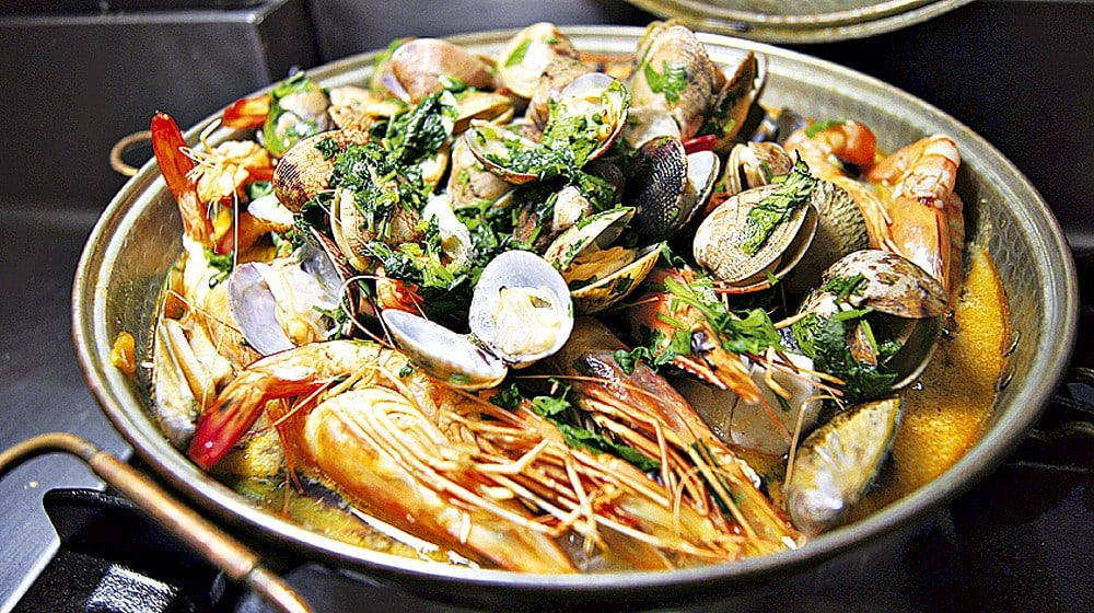 cataplana de fruits de mer peixe