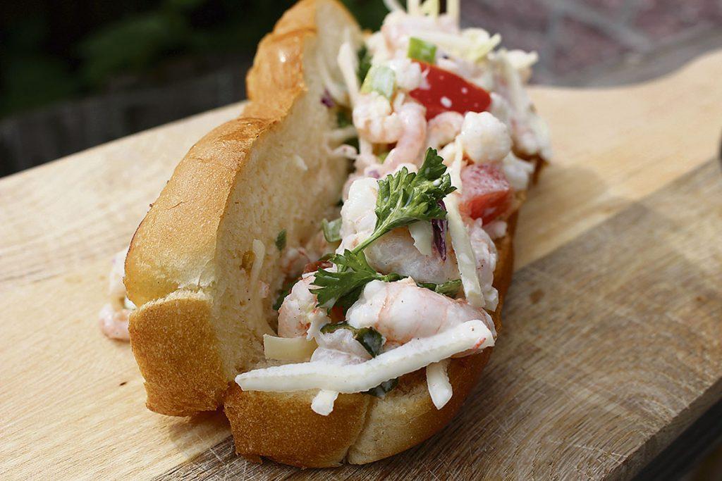 sandwich au homard quebecois canadien