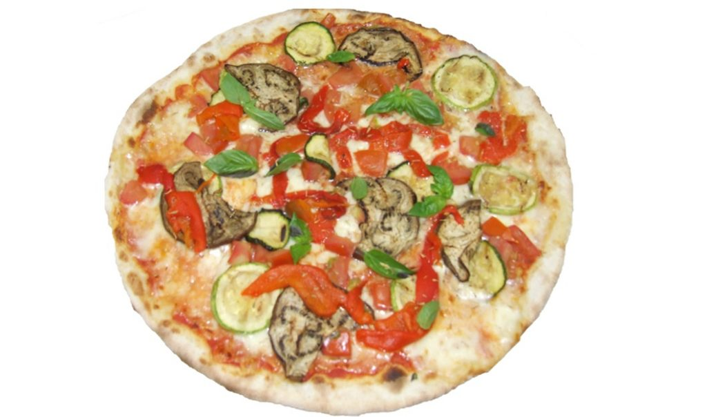 pizza a la ratatouille et legumes frais