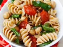 salade de pâtes tomates et basilic