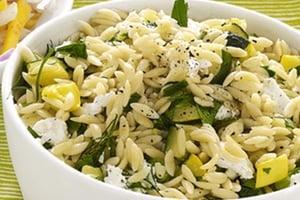 salade de riz aux courgettes recette