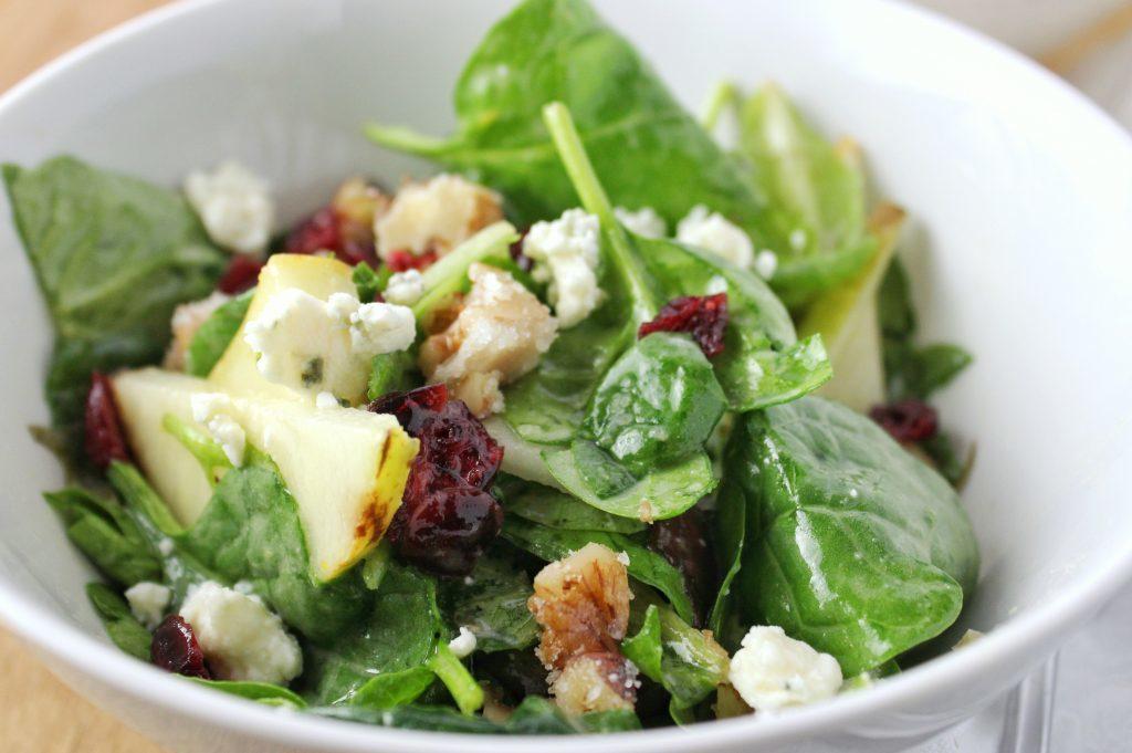 salade d'épinards au roquefort rapide