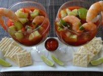 verrines crevettes pommes vertes sauce cocktail recette