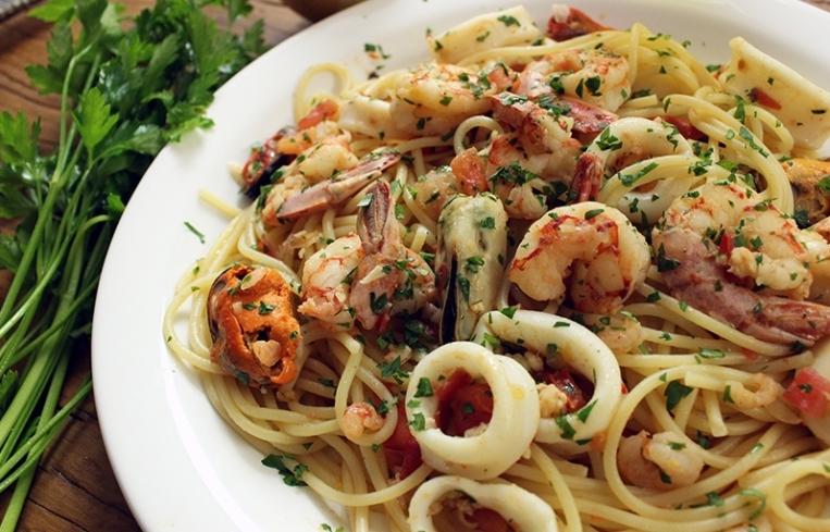 spaghetti aux fruits de mer recette cuisine rapide
