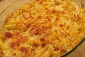 gratin de penne a la tomate et aux fromages