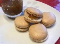 Macarons au foie gras et figues